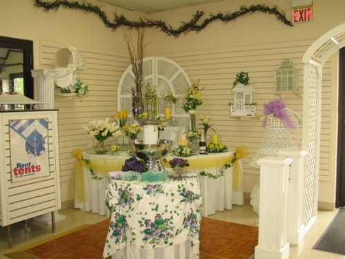 Centerpiece Displays