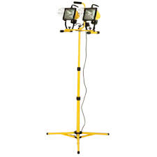 Tripod 2 Light Quartz