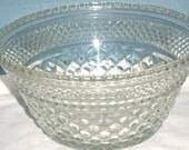 8qt Patterned Glass Punch Bowl With Ladle