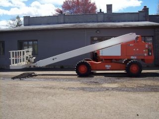 Boom Lift, Self Propelled, Telescoping, 60'