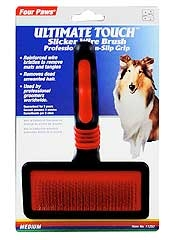 Ultimate Touch Slicker Brush Medium
