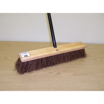 Dqb Garage Sweep Stiff Palmyra Push Broom 18in