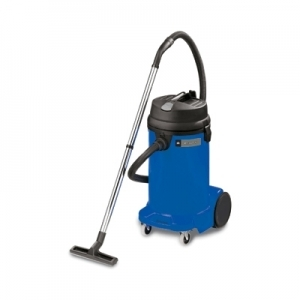Recover™ 12 Wet/Dry Vac, 12 gal. (48 ltr.) with Hose and Tool Kit