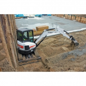 Bobcat Excavator (Enclosed Cab w/ Thumb)
