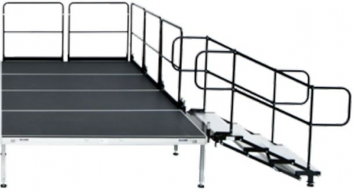 Adjustable stairs for 4′ x 4′ stage