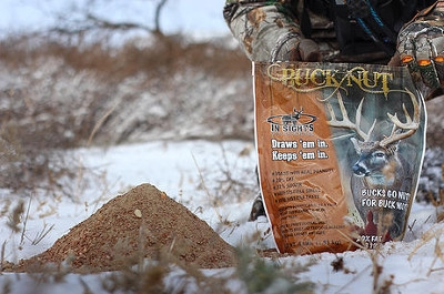 In Sights Buck Nut Attractant, 4 lbs.