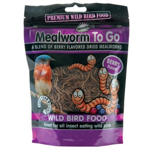 Unipet Mealworm to Go Dried Mealworm Premium Wild Bird Food Berry Flavor 3.53 oz
