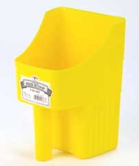 3Qt Enclosed Feed Scoop - Assorted Colors