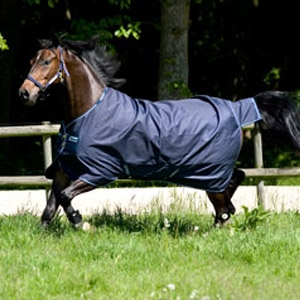 Amigo® Bravo 12 Turnout Lite Sheet with Leg Arches