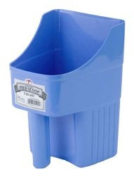 Little Giant 3 Quart Plastic Enclosed Feed Scoop