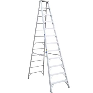 12' Aluminum Step Ladder