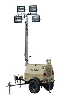 Doosan Portable Light Tower, 4000 Watts