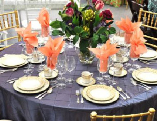 Party Plus Middletown Lavender and Peach Decorated Table
