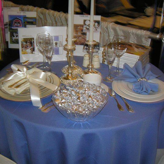 Party Plus Middletown Periwinkle Linens with Silver, Gold and Pearls on a Table
