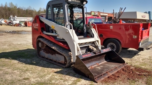 TAKEUCHI TL230 TRACK LOADER