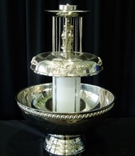 Silver 3 gallon fountain