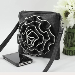 Alexis Fashion Handbags Ruffle Flower Messanger Bag