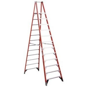 Werner 7412 12ft Fiberglass Step Ladder
