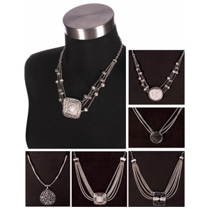 Noelle Enterprises Hampton Jewelry Collection Necklace