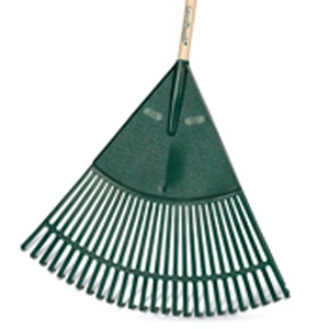 Green Thumb Basic Polyethylene Lawn & Leaf Rake