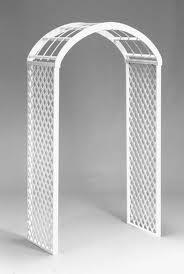 WHITE WEDDING ARCH (LATTICE)