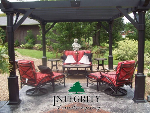Black Pergola adds Shade & Elegance