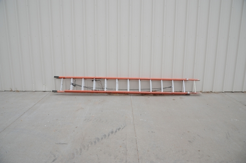 Ladder, 24' Extension, Fiberglass